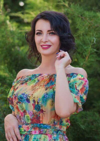 Natalia, 50