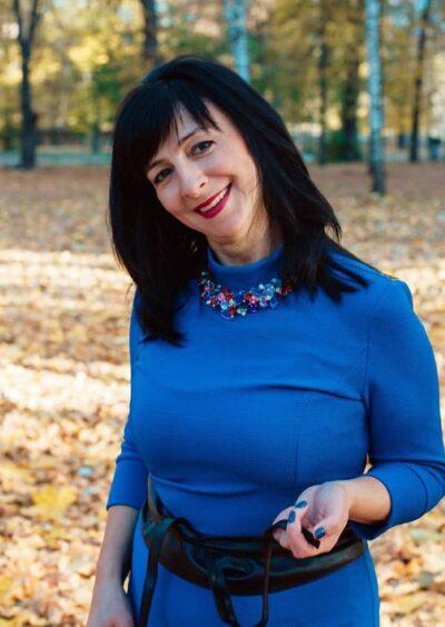 Elena , 46