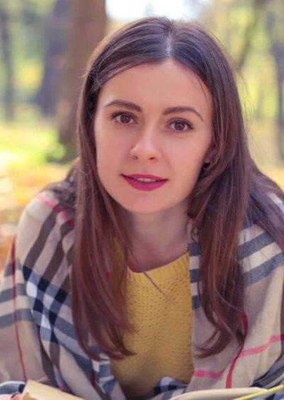 Alena, 31