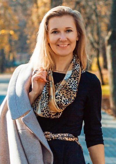 Polina, 36