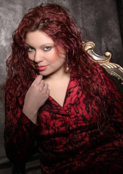 Yulia, 36